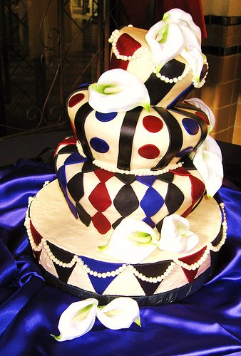 crazy wedding cake original alexandra wedding planner 13041